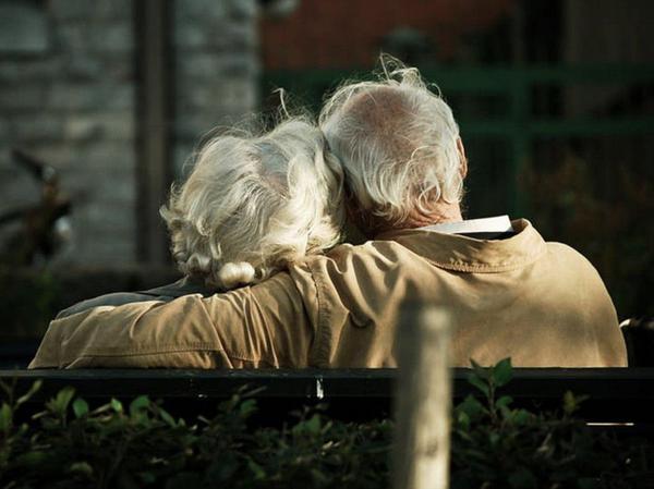Особый случай. Жили-были, варили кашу, закрывали на зиму банки. Как и все, становились старше. Н... ▷ Socratify.Net