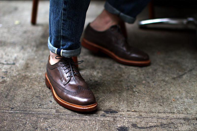 Состояние вашей обуви — первое, что существенно влияет на впечатление о вас при знакомстве.